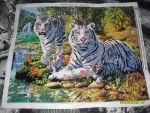 """Набор алмазной мозаики """"Семья белых тигров"""""""